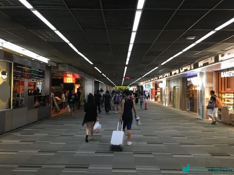 ドンムアン空港のマクドナルドではクレジットカードは使える?